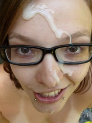 Sudden cum on face, amateur facials..